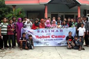 Peserta RobotCamp Salimah Bangkalan